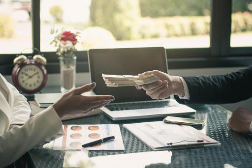 Comment bénéficier d'un crédit rapide à un taux avantageux?