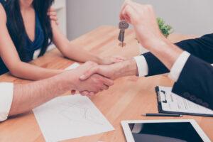 se fier à une agence pour un achat immobilier